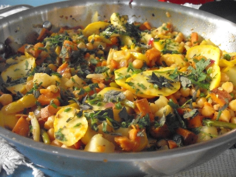 Skillet Dinner with Patty Pan Squash, Kohlrabi, Fennel and Sweet Potatoes