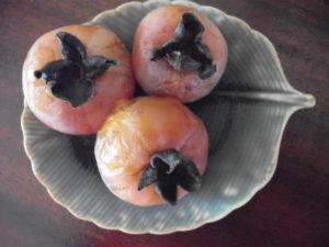 unripe persimmons