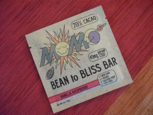 Momo's Bean to Bliss Bar, Vanilla Raspberry
