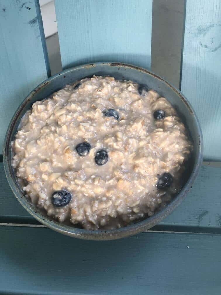 Overnight Goat Oats with Summer Fruit