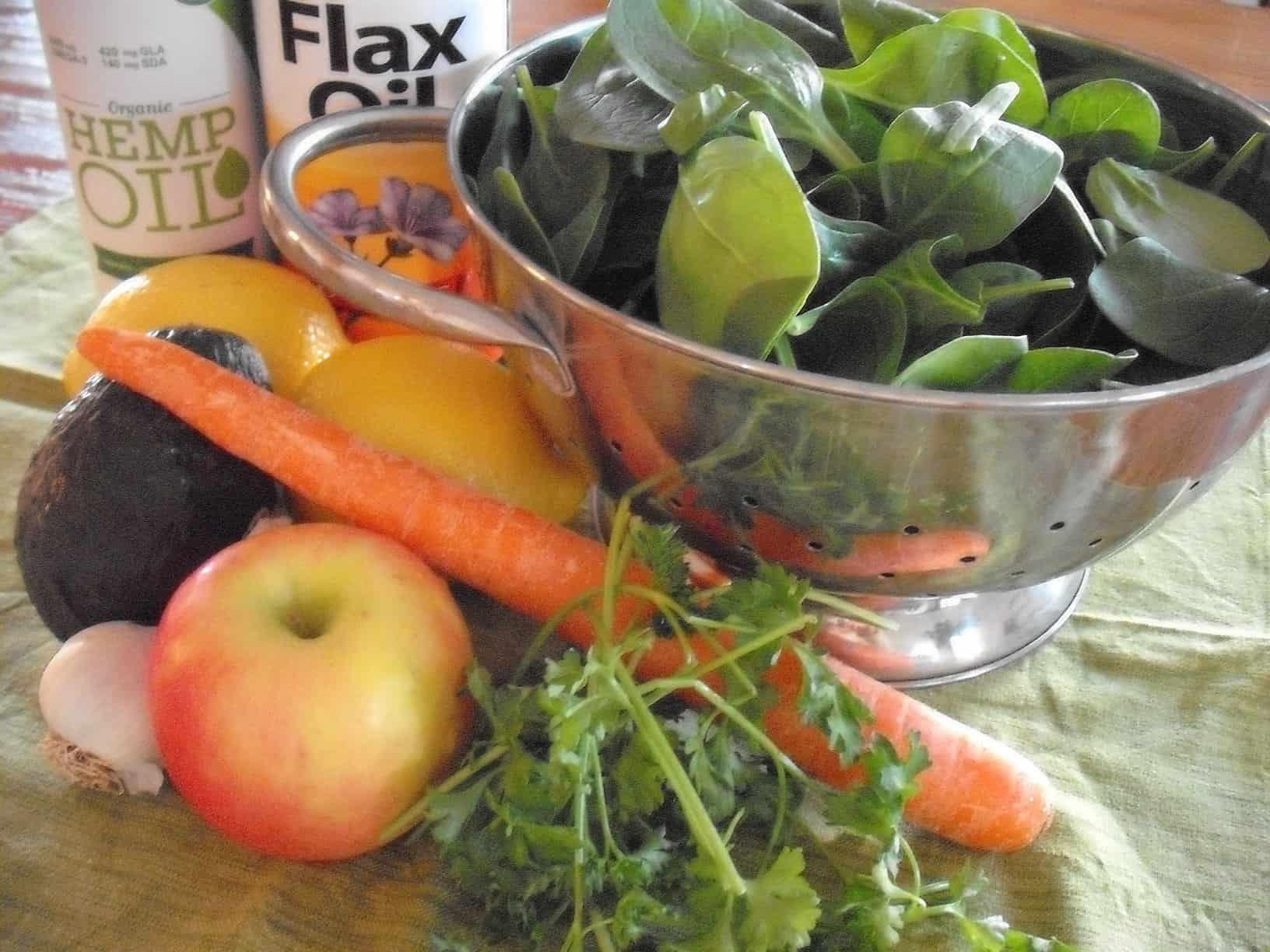 Coming Clean with Great Food: Lemon Vinaigrette Detox Salad