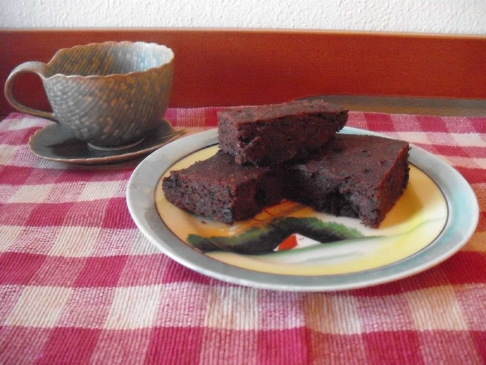 Vegan, Gluten-Free, Low-Sugar Brownies: And you really expect me to be your valentine?