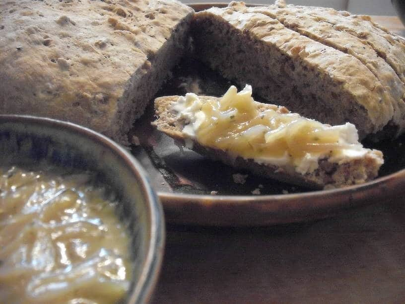 Caramelized Onion, Roasted Garlic and Honey Spread